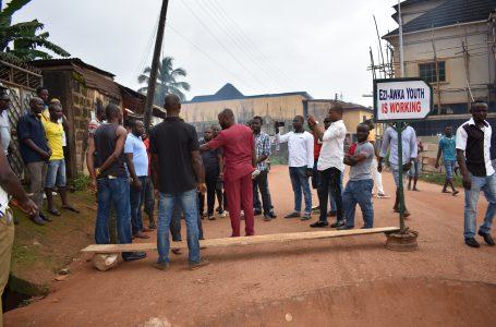 Ezi Awka Youths Embark on Road Maintenance